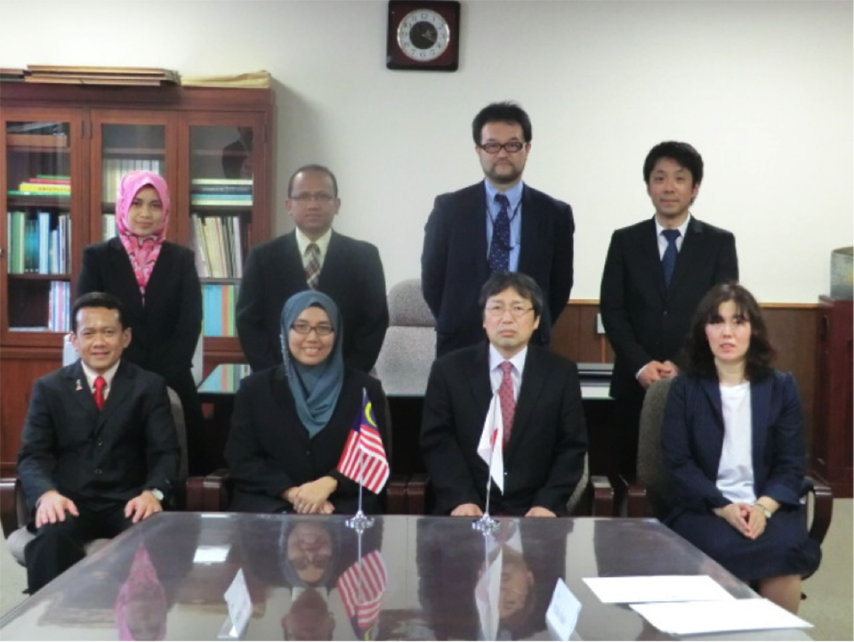 ダブルディグリープログラム調印式(2015年5月 於・新潟大学医学部)